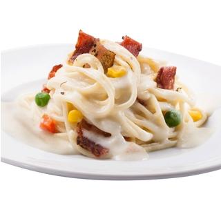 (精選)金品-奶油白醬培根義大利麵 2